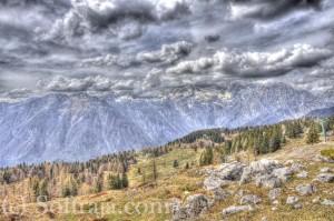 HDR fotografija iz Velike Planine proti vršacem na drugi strani